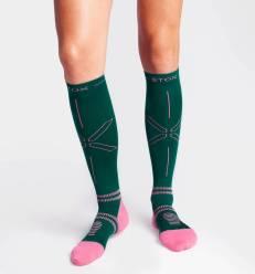 stox-lightweight-running-socks-vrouwen-groen-donke